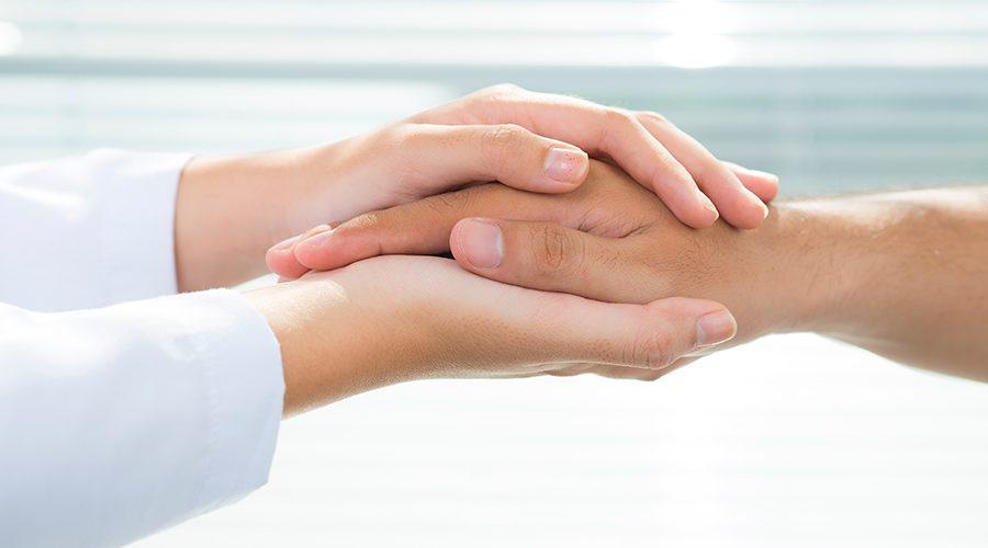יד אוחזת יד
