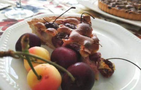 טארטלטים עם דובדבנים ומרציפן – Tartelettes avec des cerises et de la pate d'amandes