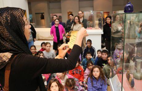 פסטיבל החנוכה המסורתי לילדים במוזיאון ארצות המקרא – בעקבות תעלומת הכד המסתורי