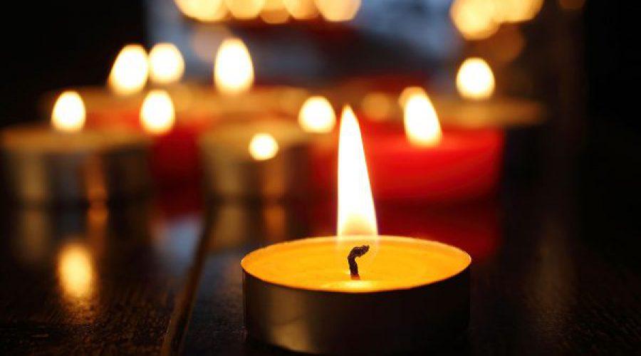 נרות דולקים