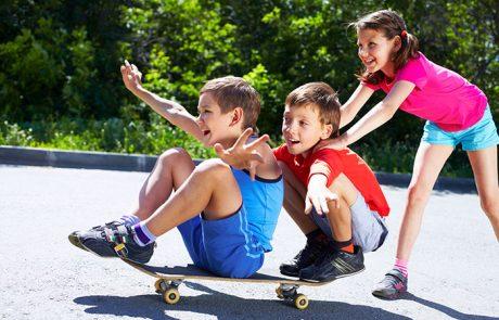 לשחק מחוץ לבית: היתרונות שישפיעו על בריאות הנפש של ילדנו