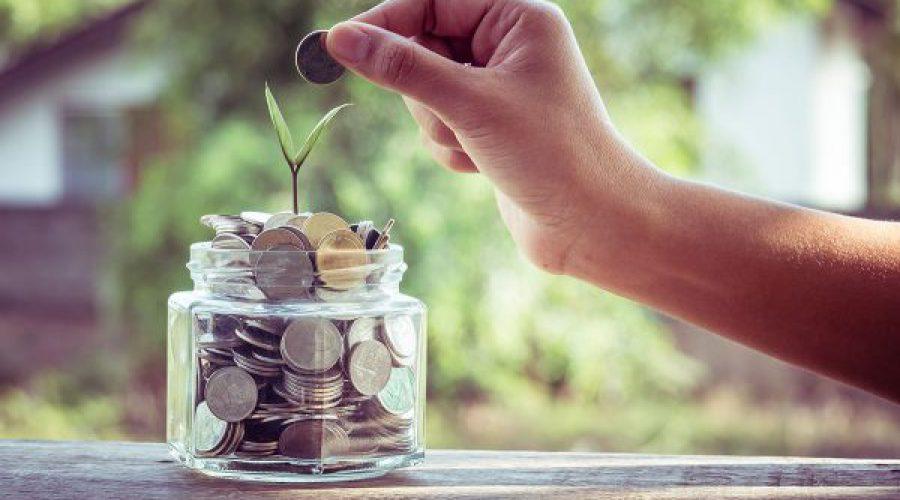 יד משלשלת מטבעות לצנצנת
