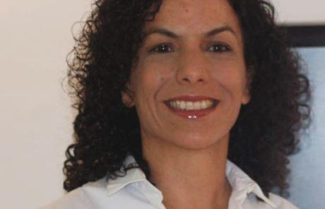בת שבע גרינברג – בעלת עסק לייעוץ ארגוני ועסקי MOVING UP