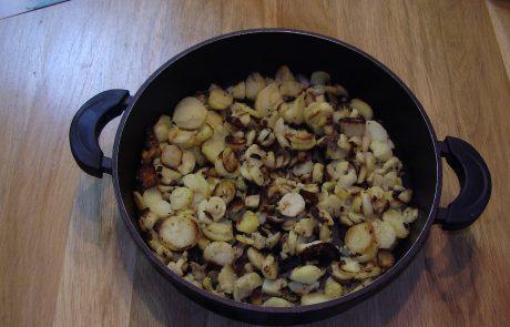 תפוחי אדמה קטנים מוקפצים