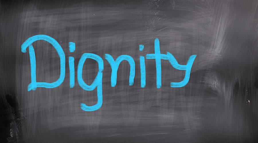 כיתוב בגיר כחול dignity
