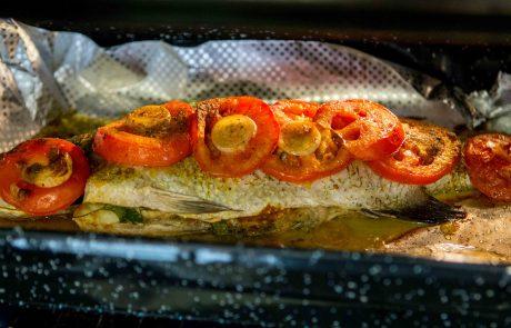 דג מוסר ים אפוי בתנור
